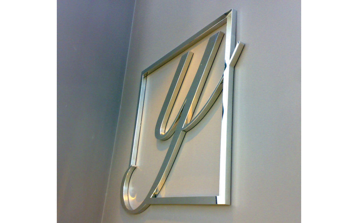 Fabricate3D Yervant Logo Polished Stainless Steel